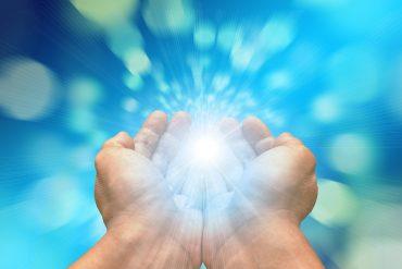 magnétisme, par imposition des mains
